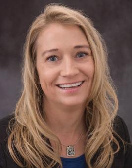 Annie Terracciano headshot